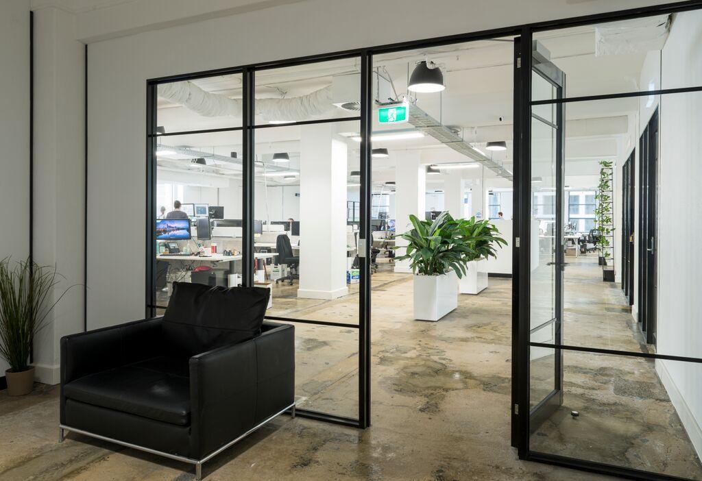 Aluminium door designspace
